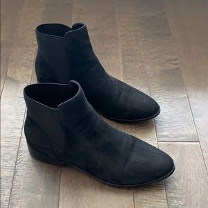 Also- ankle boots